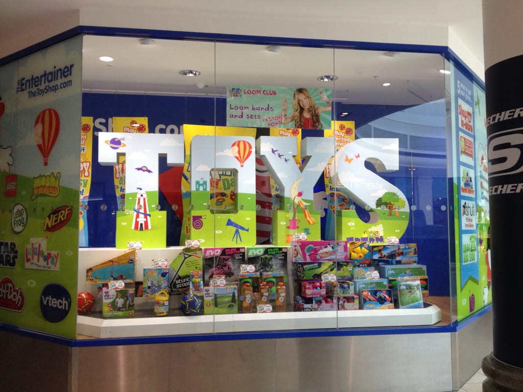 The Entertainer Uk Toys Display Simpson Group